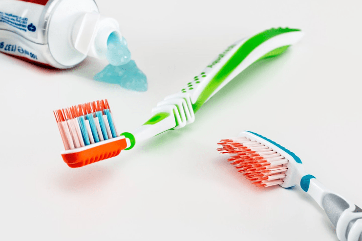 Toothbrushing Tips